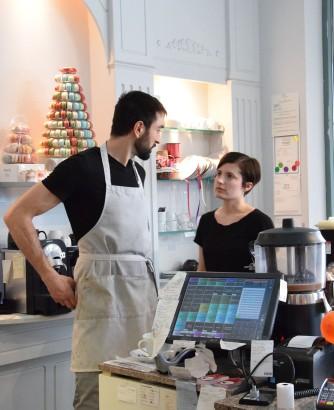 Alain et Pauline, employés super sympa et souriants de French Made Baking