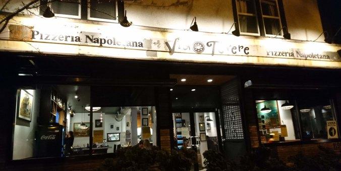 Via Tevere, pizzeria de Vancouver, Canada